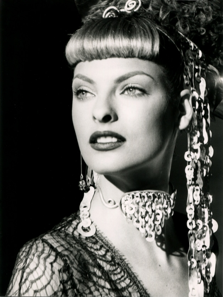 Linda Evangelista for Chloé A/W press file, ph. Karl Lagerfeld